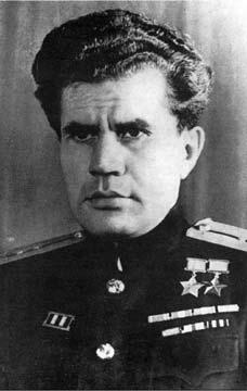 Виктор Николаевич Леонов, дважды Герой Советского Союза