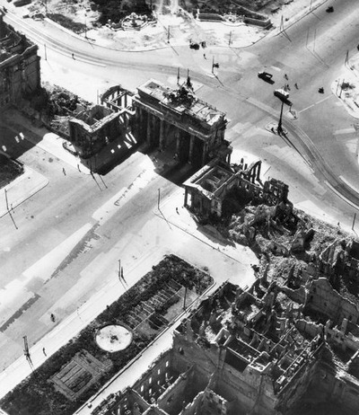 Полёт над Германией в 1945-ом году