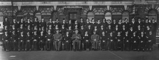 Вспомогательное отделение Министерства ВВС, участвующее в параде (около 1943 г.)