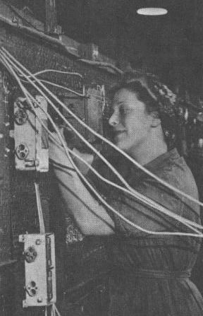 Монтаж электрооборудования на военных кораблях .