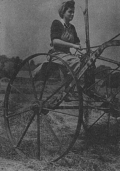 В Женской сельскохозяйственной армии