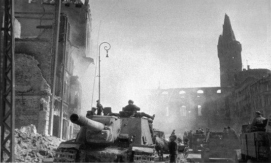Кенигсберг. Апрель 1945 г.