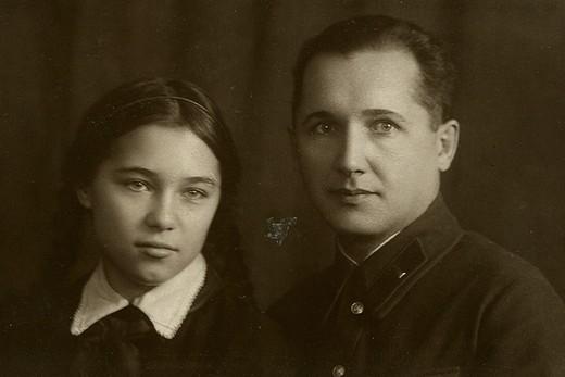 Терская с отцом. Фото сделано 8 января 1939 г.