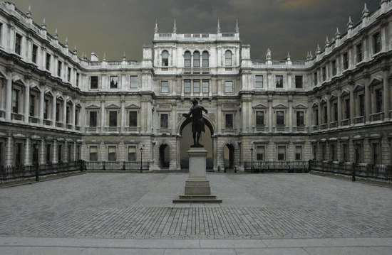 Burlington House-royal Academy of Arts, 2005.