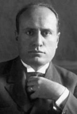 Бенито Амилькаре Андре́а Муссолини (1883 - 1945 гг)