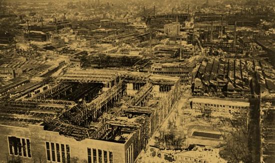 Разрушенные заводы Круппа. Эссен.