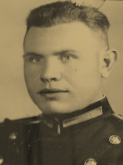 Александр Юлин