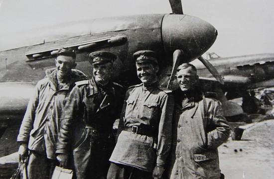 Василий Нестеров с товарищами