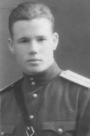 Бронислав Брониславович Левандовский. Послевоенная фотография.