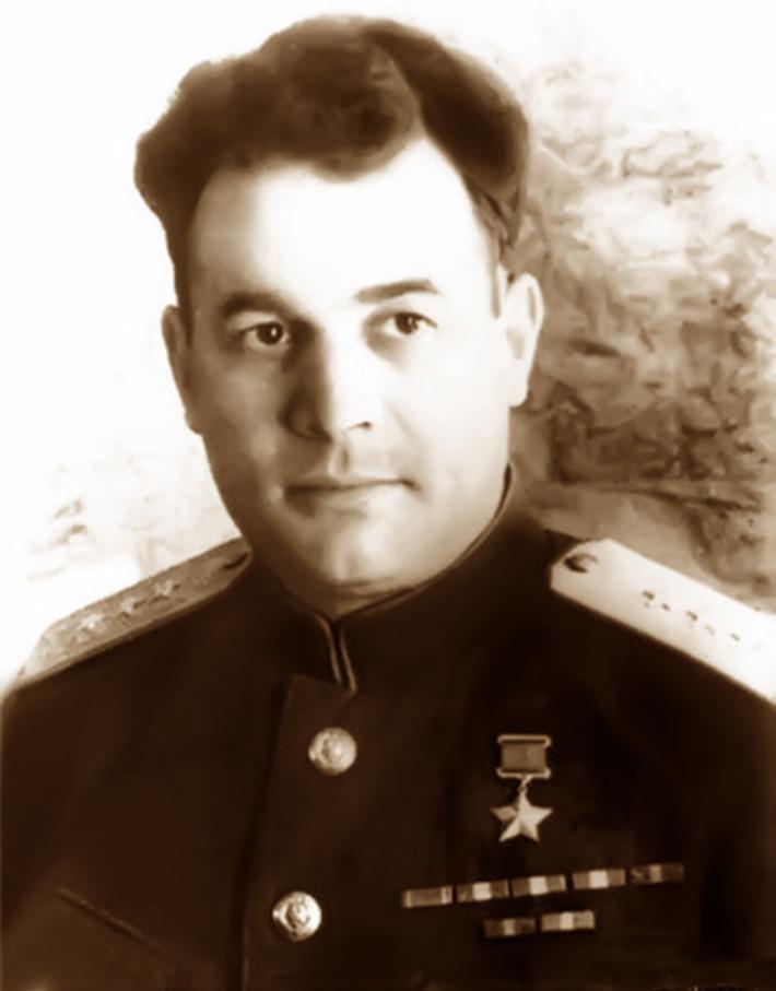 Иван Данилович Черняховский (1906-1945 гг)