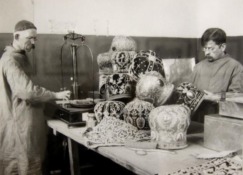 Конфискация церковных ценностей для приобретения хлеба голодающим Поволжья. 1921 г.
