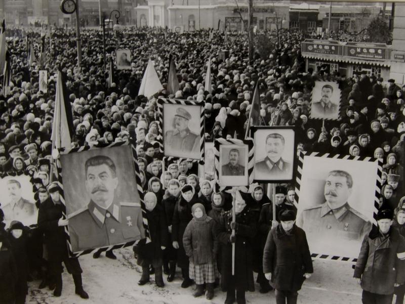 Траурный митинг в Воронеже, посвященный памяти И.В. Сталина, 1953 г.