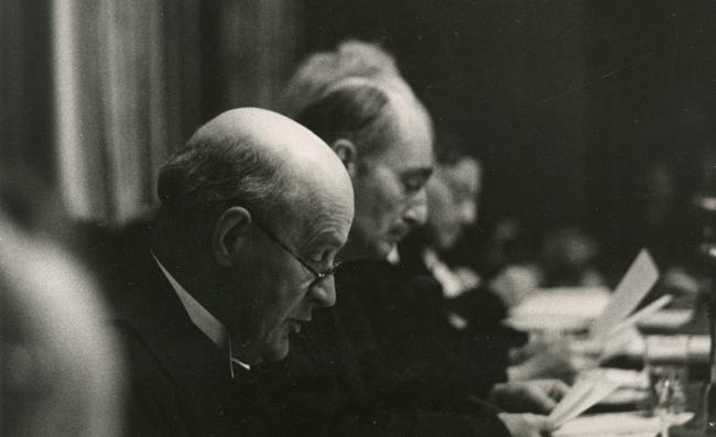 Председатель Международного военного трибунала, главный судья лорд Джеффри Лоуренс.