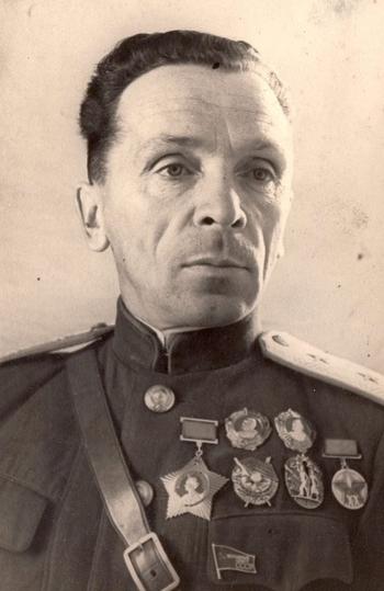 Павел Иванович Батов (1897-1955)